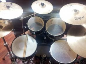 MAPEX-VOYAGER DRUMS and ZILDJIAN